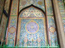 16 century tiles, Persian style in the Sufi shrine of Badhsahi Ashurkhana