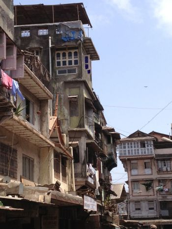 old houses in the Chor Bazaar