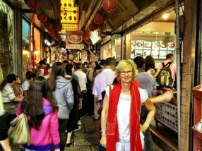 in the 'old' street at Chiufen