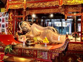 Reclining Jade Buddha in Jade Buddha temple