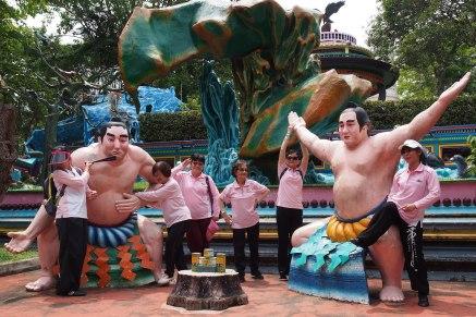 PRC ladies enjoying the sumo boys!