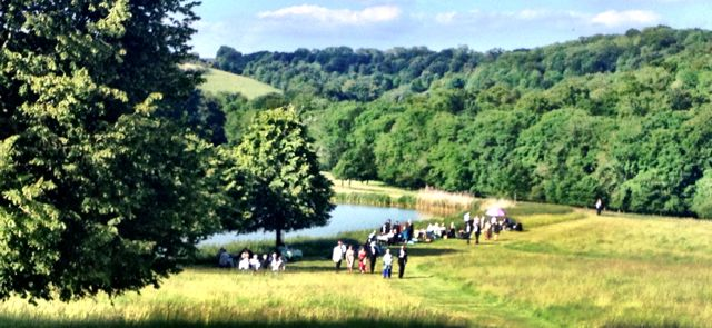Idyllic vista at Wormlsey for teh Garsington Opera