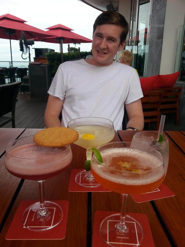 Cocktails at Ku de ta