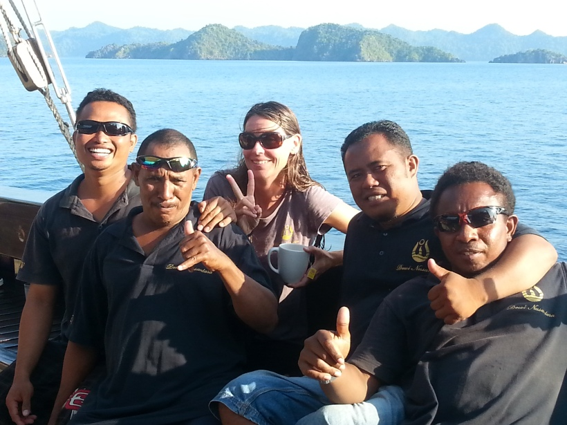 Andrea and the dive masters - Andri, Bugis (tender skipper), Steve and Ben