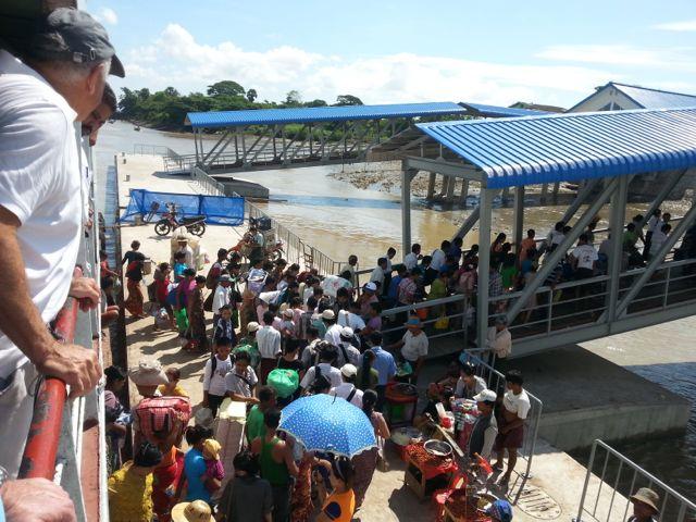 Disembarking the ferry - the ferangi look on!