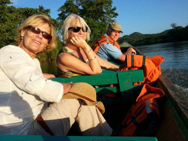 Back in Hsipaw, taking a little river trip, Chrsitine, Hilary, John