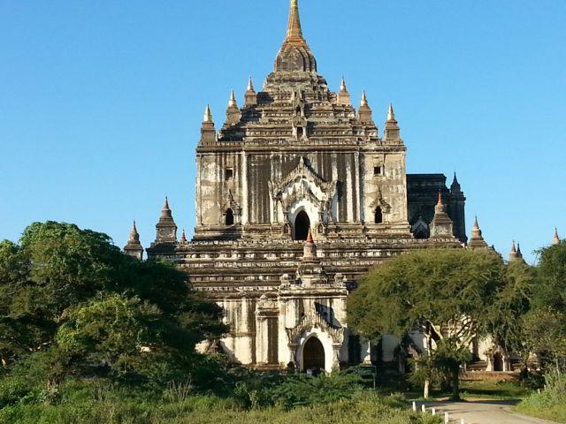 Burmese days 4 - ballooning over Bagan (2/6)