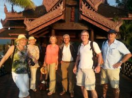 Inle Lake: The team assembling in the hotel