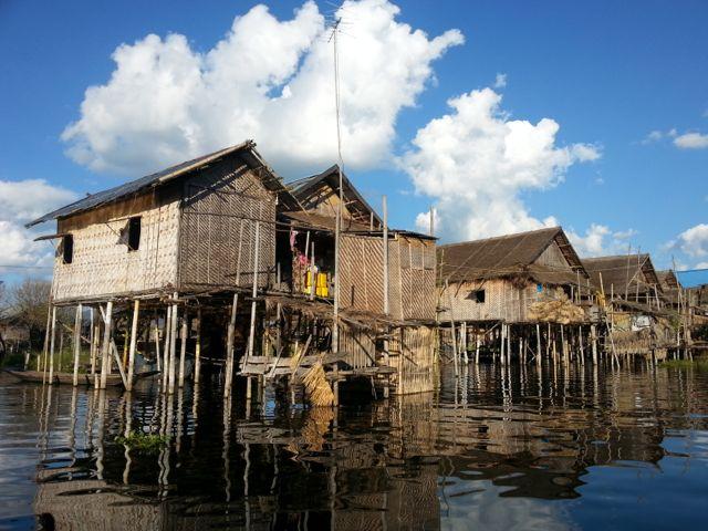 Burmese days 5 - Inle Lake, home to one-legged poling fishermen (6/6)