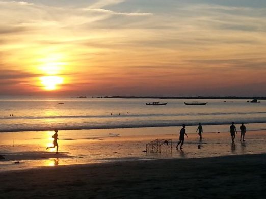 Myanmar: Another fabulous sunset