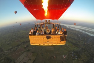 Bagan ballon trip