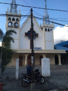 One of the many churches we passed on our way from Manado, there's one every 50 yards!