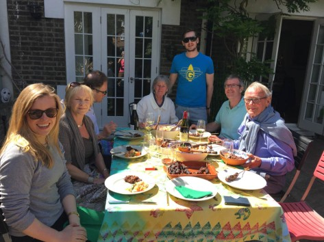Family lunch in the garden, with Bonnie, Bill and Pat Cattell, Michael Moller, Tommy and Olivia