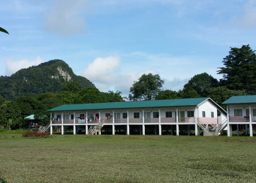 Nice new houses for the Penan people