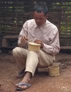 Making a sticky rice basket