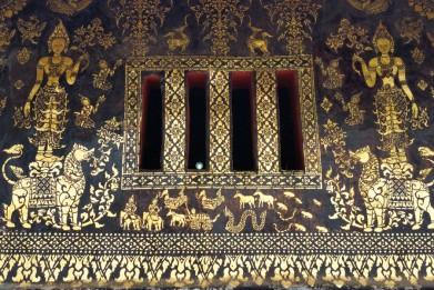 Inland gold work at the Wat Xiang Thong