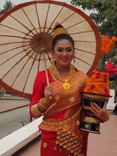 Lao bride posing