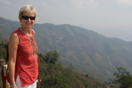 Restaurant stop on top of hills en route to Phonsovan