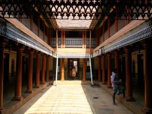 Villa Shanti courtyard - like Visalam