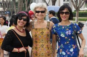 Hanoi: new friends