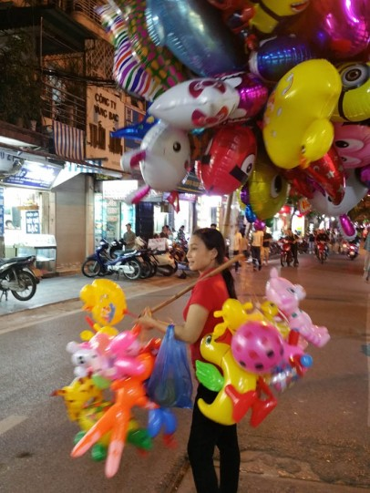 Balloons at the night market