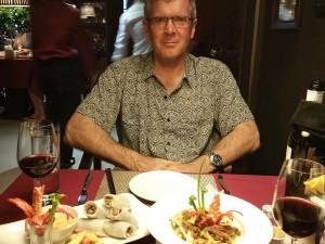 Dinner at the Gia Ngu, Ross not impressed