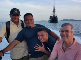 Ross with Jun, Steve and the Captain!