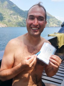 Swiss MArk shows us his timetable of dives - very Swiss!