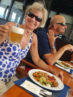 A welcome beer after teh last day's dive!