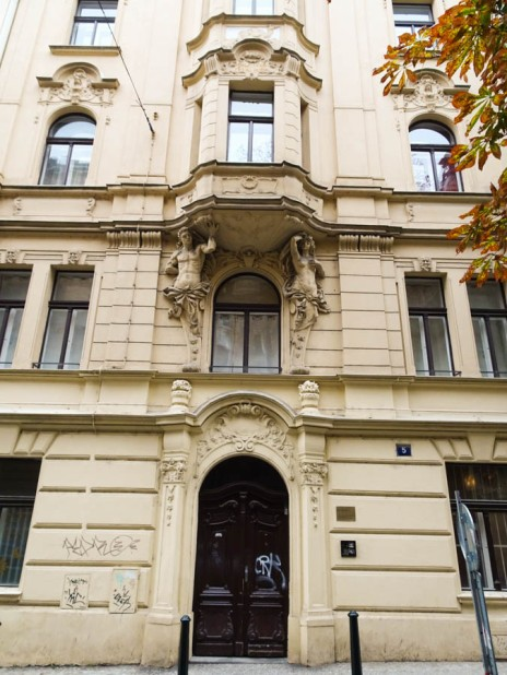 The apartment in Navratilova where Ungar lived while he was working in the bank