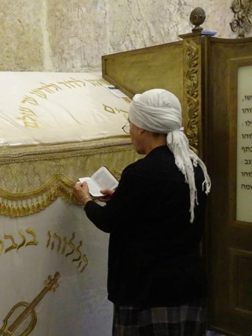Praying at the tomb of King David