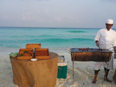 Cocktails on the sandbar