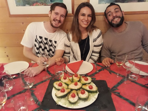 Tommy, Dragana and Nico with the crab-filled avos
