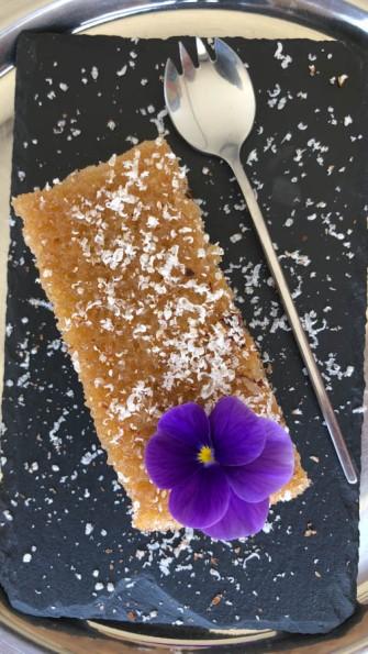 Flourless almond cake...