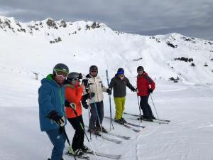 Team assembles - Ross, Vix, Nigel B, Diego and Batch