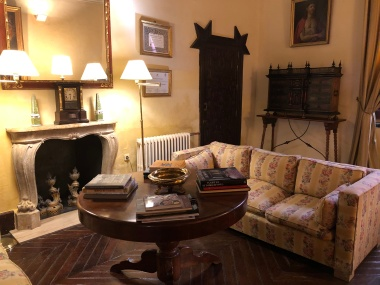 The winter sitting room, with radiator!