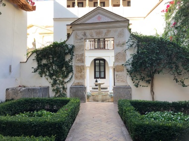 Another traditional courtyard in the hotel
