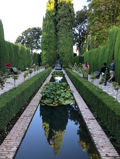 Formal gardens, 20th century