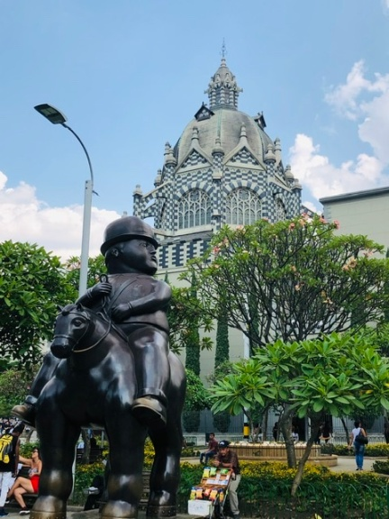 Botero Square w magnificent cathedral